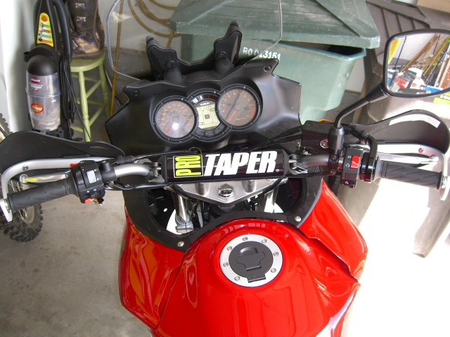 Pro Taper SE ATV mid bars on DL650